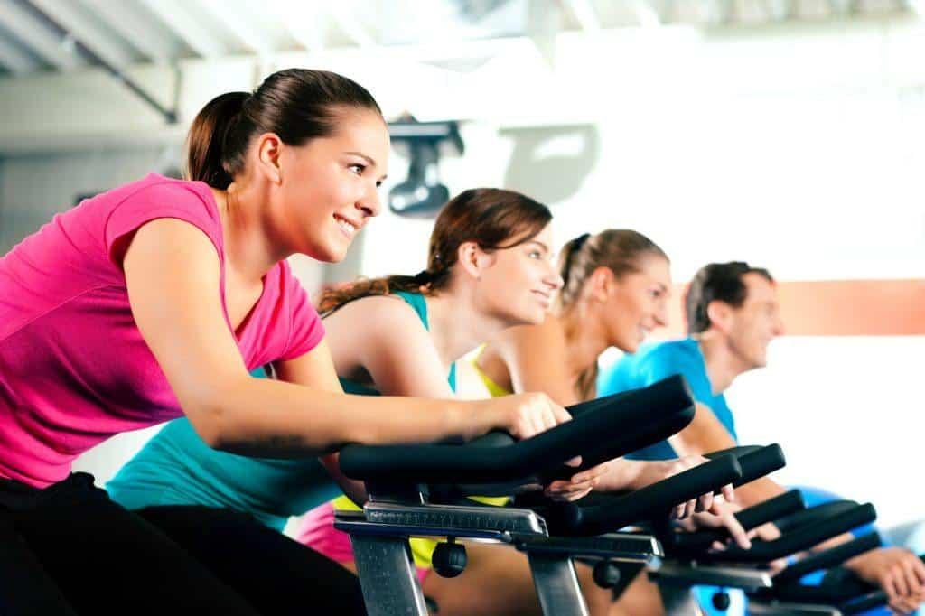Intervaltræning på motionscykler