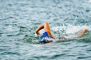 Sådan kommer du i gang med åben-vand svømning